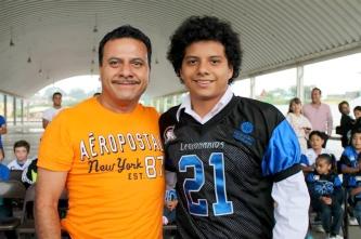 Luis Alberto Medina Jr. y Padre