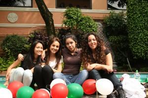 Andrea Molina, Ximena Limas, Kennya Diaz, Tania Guemes. - copia